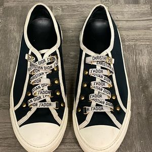 Shoes - Auth Christian Dior walkin back low top sneakers